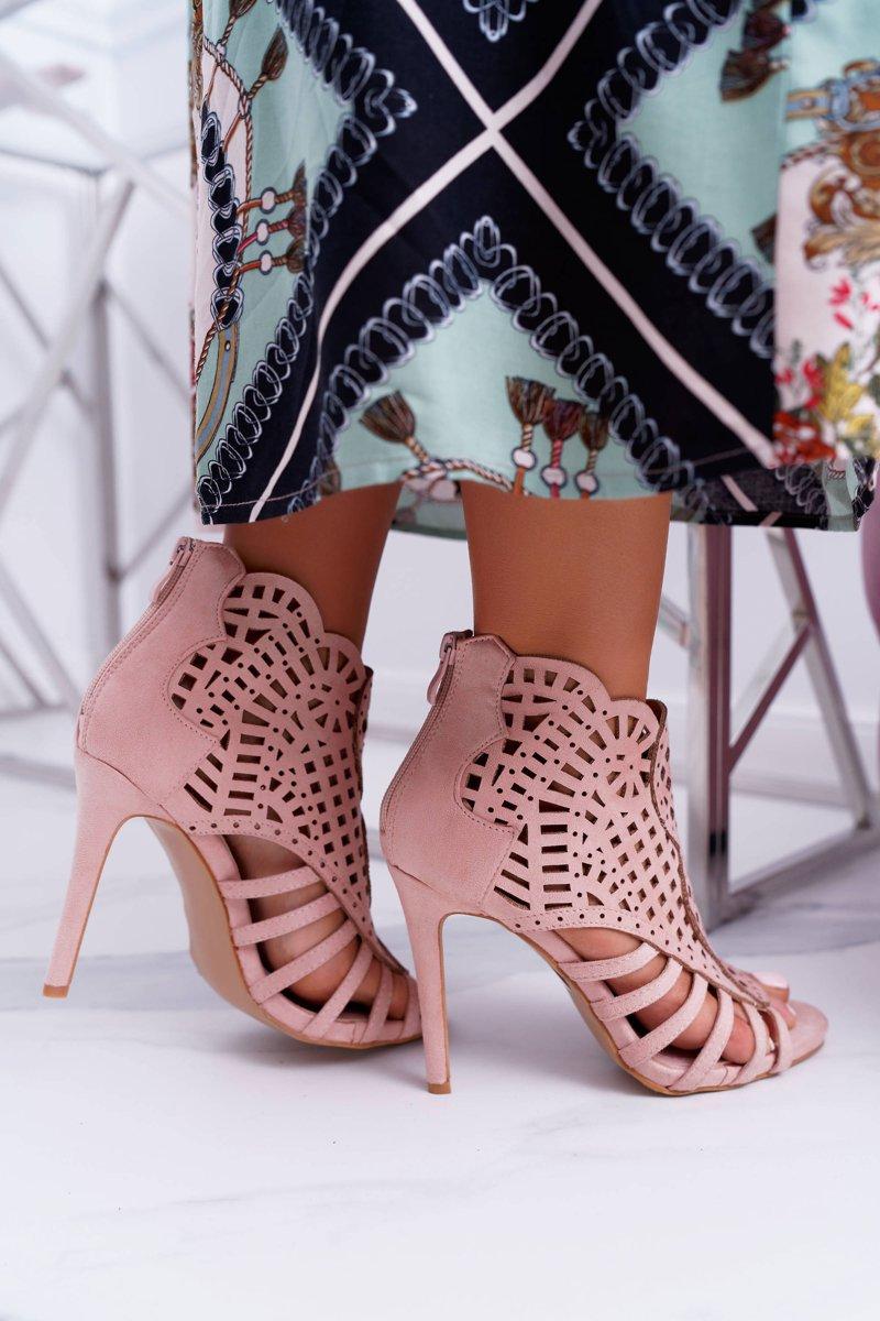 sznurowane sandały na szpilce roz
