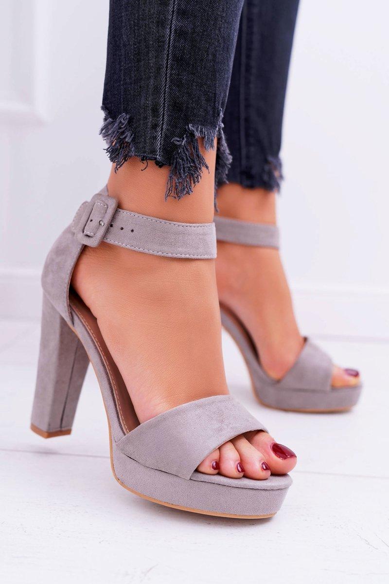 buty szare damskie na obcasie